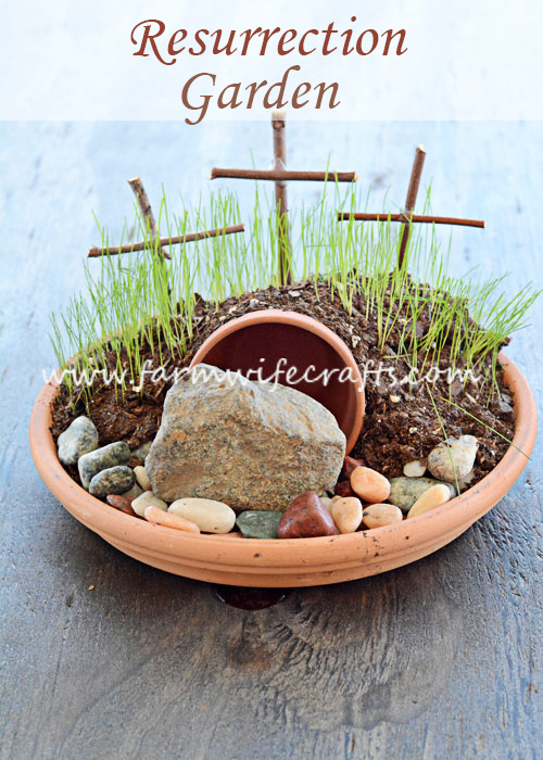 We've been pretty busy around here and we haven't had a lot of time to make any Easter crafts, but we did manage to find time to make this Resurrection Garden. This is a great way to help your kids learn the Easter story!