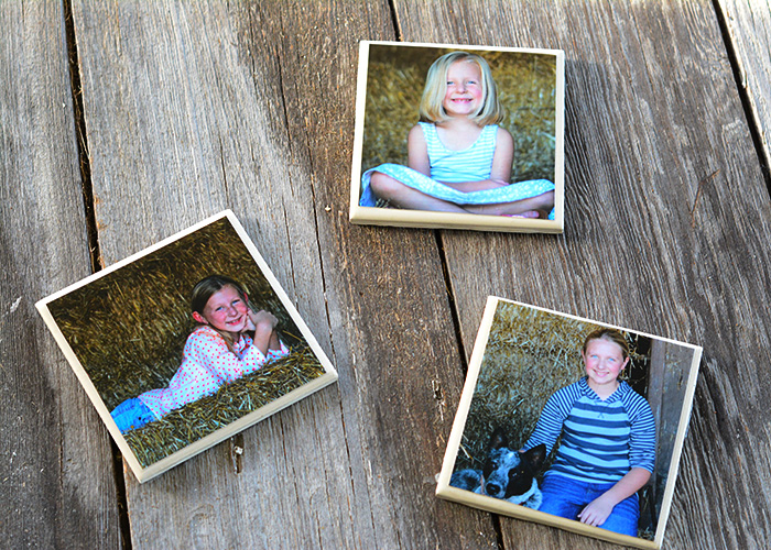 These Easy DIY Photo Coasters would make the perfect Mother's Day gift!