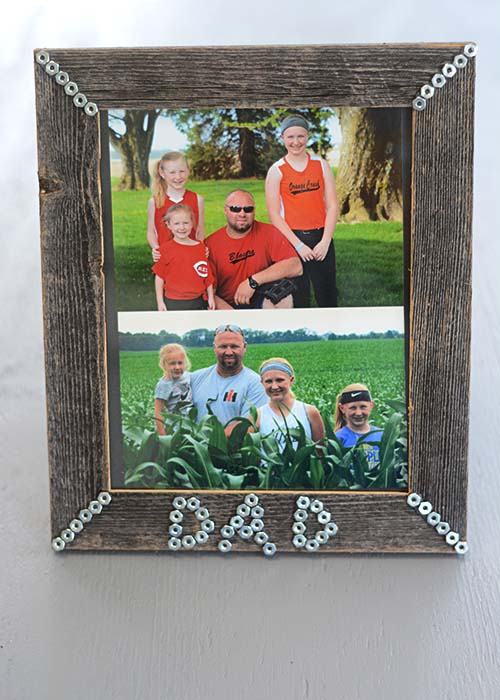 Father's Day is just a few days away and if you are scrambling trying to find something for the kids to make for their dad, this simple picture frame might just be the thing!