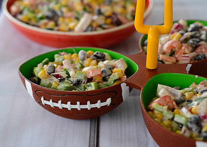 Do you love appetizers?  Do you love watching football?  How about eating while watching football, or any sport really?  Well, this Ugly Bean Dip definitely needs to be added to your next game day menu