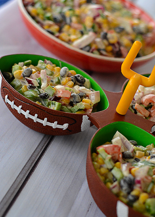 Do you love appetizers?  Do you love watching football?  How about eating while watching football, or any sport really?  Well, this Ugly Bean Dip definitely needs to be added to your next game day menu!