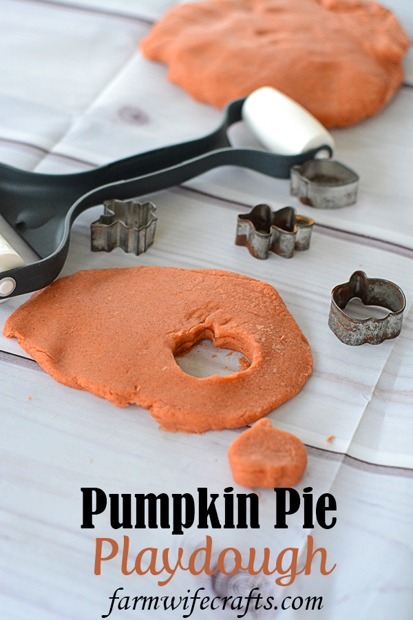 Do you need a quick and fun activity to do with your kids?  Maybe your looking for a fun sensory activity?  This Pumpkin Pie Playdough is perfect for both and your kids won't be the only ones enjoying themselves.