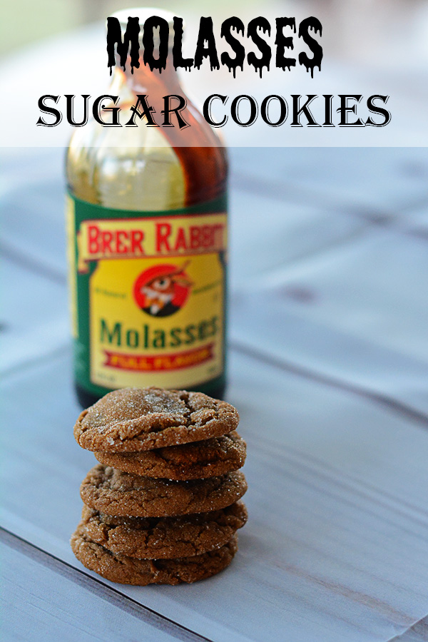 Are you looking for a cookie with a little bit of spice and a little bit of sweetness? Look no further then these delicious Molasses Sugar Cookies!