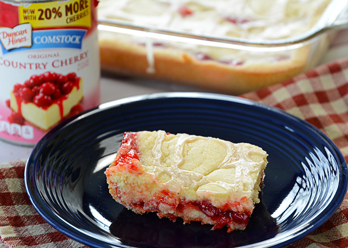 Summer will be here soon and that means cherry season!!!  These Cherry Pie Bars are the perfect summer dessert!