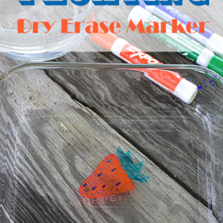 Do your kids like doing science experiments like mine?  This Floating Dry Erase Marker experiment is simple and uses items you probably already have on hand.